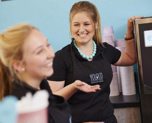 Frozen Yogurt YOLOCO Mitarbeiter Tecklenburg